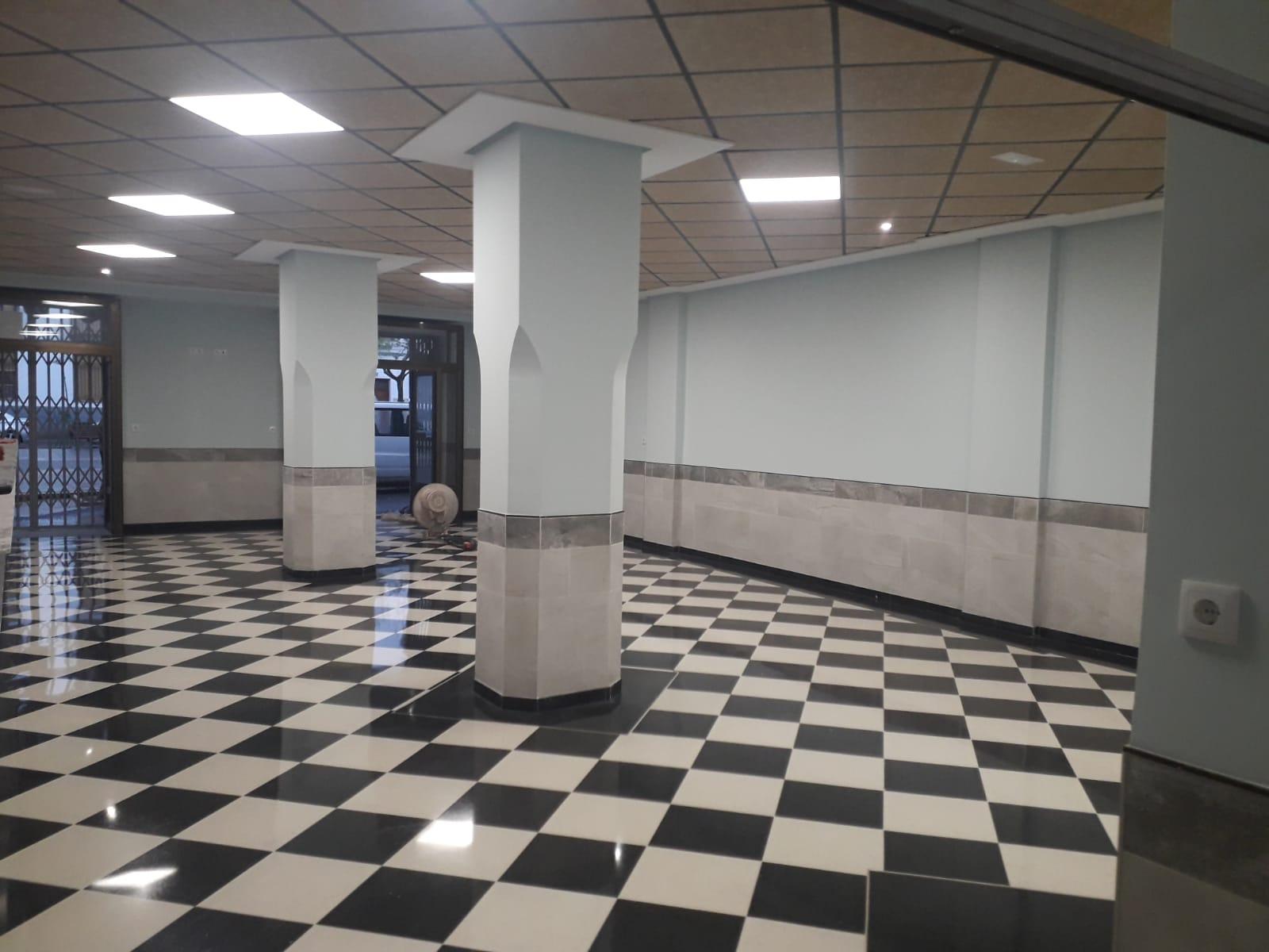 Terrazo Interior Blanco C02 BL MA / Negro C11 NE
